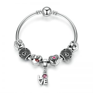 love-on-the-wrist-bangle