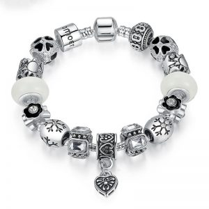 winter-is-coming-charms-bracelet