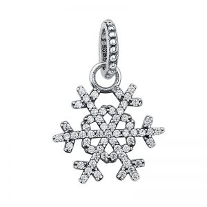 Snowflake shapped silver pendant with cubic zirconia