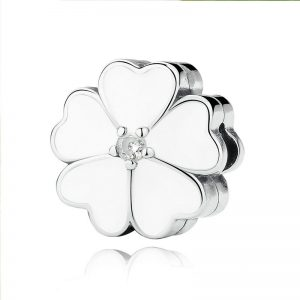 White Primrose Clip